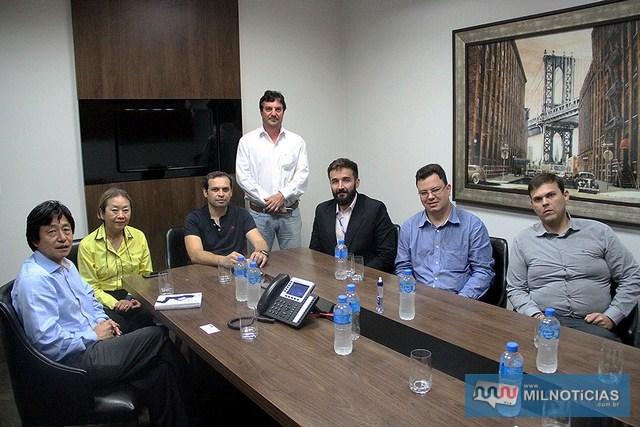 Equipe do Governo de Andradina é recepcionada pelo empresário Marcos Antônio Pompei. Foto: Secom/Prefeitura