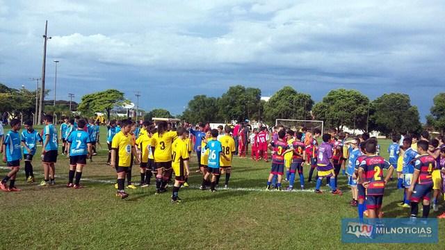 2ºFEAstival Regional de Futebol Infantil  resgata centenas de crianças. Fotos: Valdemar Garcia