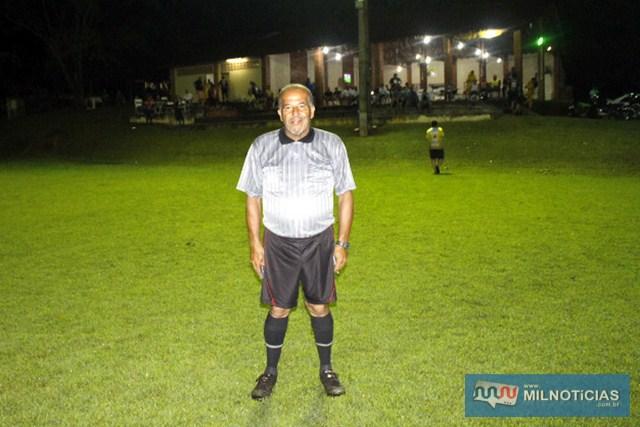 Antônio Claro Araújo apitou os dois encontros. Foto: MANOEL MESSIAS