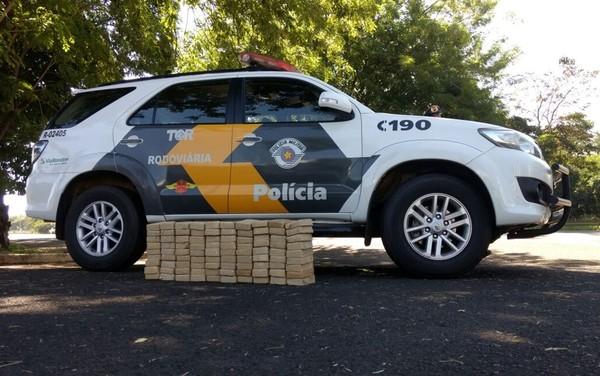 Droga apreendida pela polícia em Andradina (Foto: Divulgação/Polícia Rodoviária)