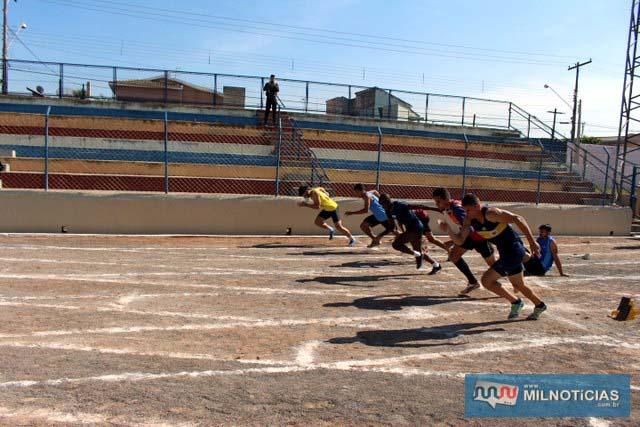 Prova masculina dos 100 metros rasos. fotos: Manoel Messias/Mil Noticias