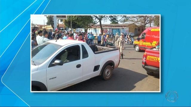Mulher morre em acidente de trânsito em Dourados (Foto: Reprodução/TV Morena).