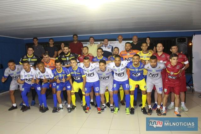 Time do futsal é formado por jogadores que se destacam no esporte na cidade. Fotos: MANOEL MESSIAS/Mil Noticias