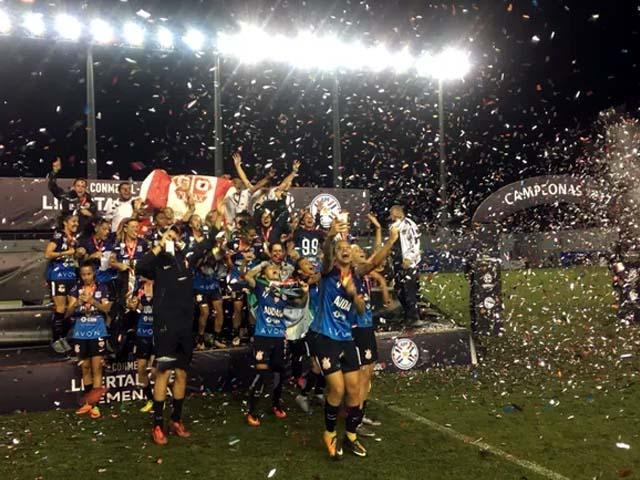 Corinthians campeão da Libertadores feminina (Foto: Twitter Conmebol)