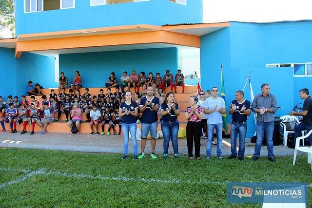 Tamiko esteve presente no lançamento do projeto que vai levar aulas de futebol e orientação. Fotos: Secom/Prefeitura
