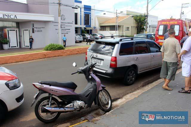 Motoneta Biz pilotada pela mulher sofreu poucas avarias. Foto: MANOEL MESSIAS/Agência