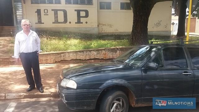 Veículo Ford Versalles, na cor azul, foi recuperado e devolvido à vítima. Foto: MANOEL MESSIAS/Agência