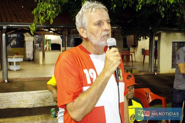 Adilson Geib, promotor do evento, agradece aos participantes e já anunciou a 2ª edição da Copa. Foto:Manoel Messias/Agência