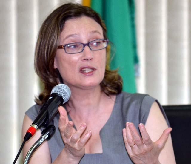 Maria do Rosário na época em que ocupava a Secretaria de Direitos Humanos da Presidência da República (Foto: Elza Fiúza/Agência Brasil)