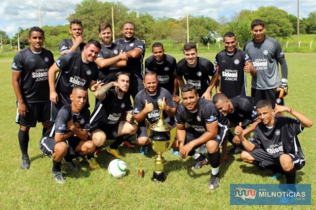 Atlético Maneiro sagrou-se campeão do torneio de final de ano do Guarani. Foto: MANOEL MESSIAS/Agência