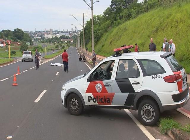 Homem morreu atropelado na avenida Nações Norte em Bauru (Foto: Reprodução/TV TEM ).
