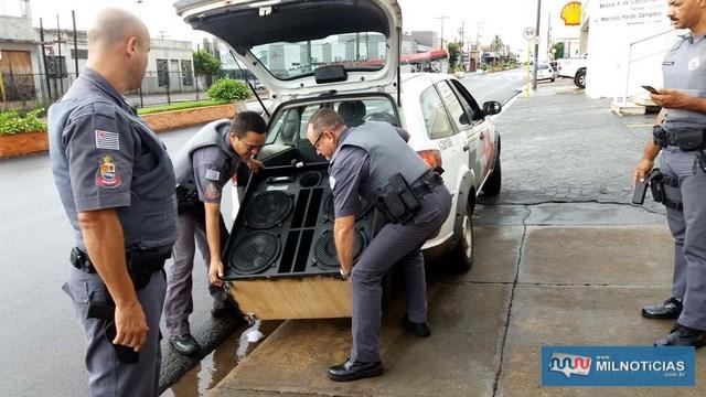 """Caixa de som selada com 4 alto falantes de 12"""" encontrada na casa do acusado foi apreendida pela Polícia Civil. Foto: MANOEL MESSIAS/Agência"""