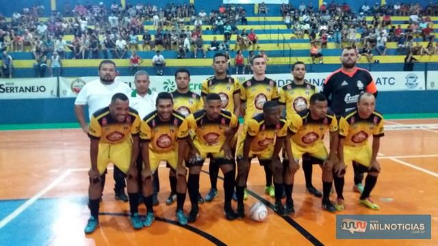 Atual campeão do Futsal andradinense, a equipe do Interclima/Sereno/Villa's. Foto: MANOEL MESSIAS/Agência