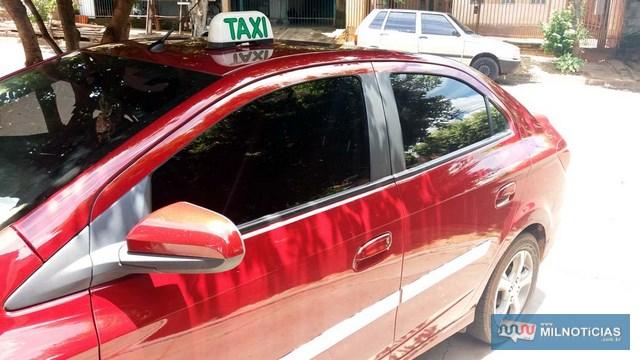 Roubo aconteceu quando vítima foi solicitado para uma corrida com sua taxi vermelho. Foto: MANOEL MESSIAS/Agência