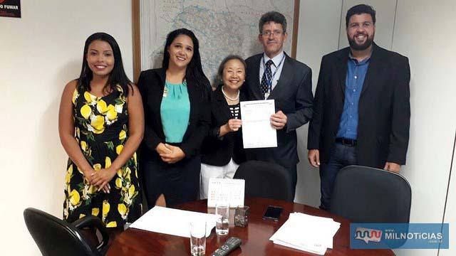 Tamiko no gabinete da senadora Marta Suplicy. Foto: Secom/Prefeitura