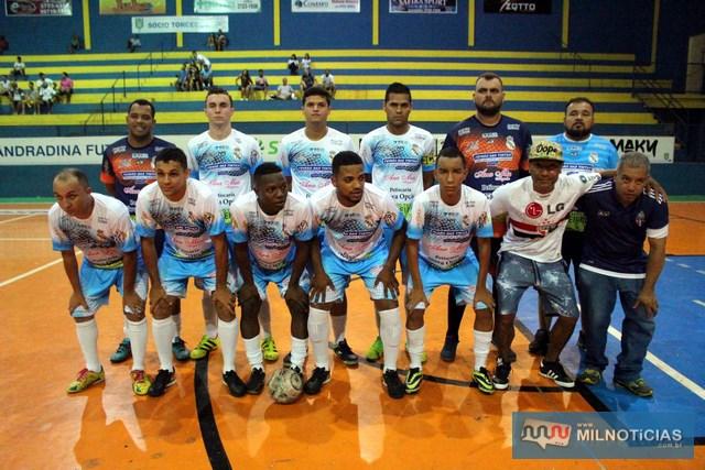 Equipe do Interclima/Sereno/Villas chega a mais uma semifinal do futsal andradinense. Foto: MANOEL MESSIAS/Mil Noticias