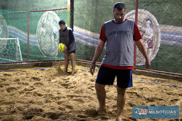 Lilique (dir.), e Allan, durante a partida semifinal. Foto: MANOEL MESSIAS/Agência
