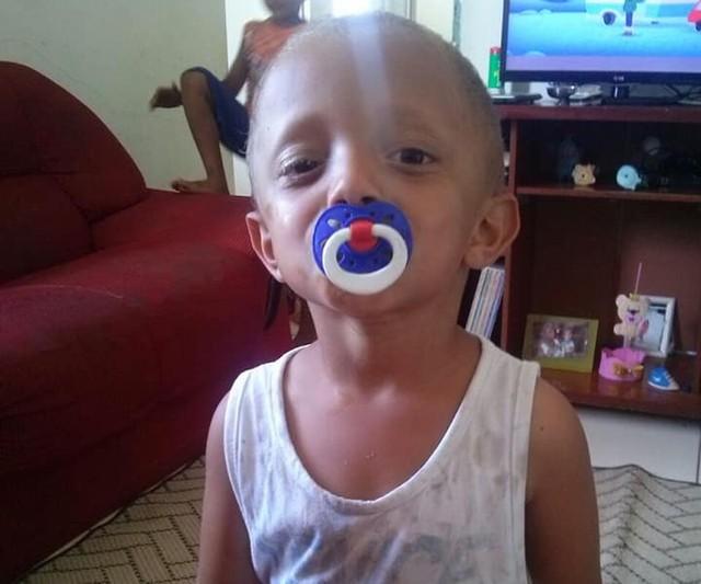 Menino de 2 anos morreu atropelado dentro de condomínio (Foto: Arquivo Pessoal).