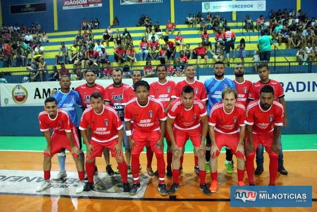 Santo Antônio correu atrás da vitória e conseguiu passar para a semifinal do Futsal de Férias. Foto: MANOEL MESSIAS/Mil Noticias