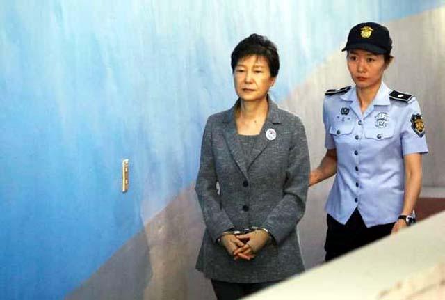 Park Geun-hye, a primeira mulher a comandar a Coreia do Sul, foi condenada nesta sexta-feira a 24 anos de prisão. Foto: Reuters/Getty Images
