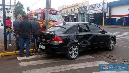 Acidente aconteceu quando motorista do Vectra passo direto no sinal vermelho do semáforo existente naquele cruzamento. Foto: MANOEL MESSIAS/Agência