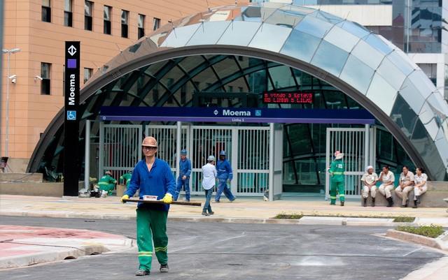 Finalização das obras na estação Moema, Linha-5 Lilás do Metrô, em São Paulo, inaugurada em abril (Foto: Luiz Cláudio Barbosa/Código19/Estadão Conteúdo).