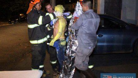 Pintor foi encaminhado pelos bombeiros ao pronto socorro municipal, permanecendo em observação. Foto: MANOEL MESSIAS/Agência