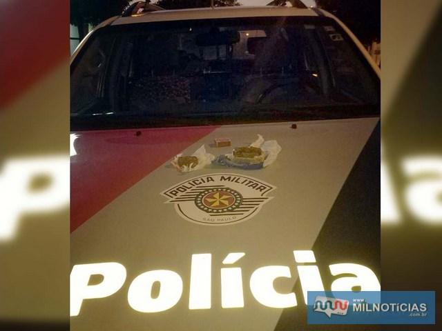 Prisão do acusado aconteceu durante patrulhamento de Força Tática da PM pelo bairro Santo Antônio. Foto:  DIVULGAÇÃO/PM