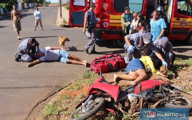 Após batida, motoneta foi parar sobre a tampa de uma boca de lobo naquele cruzamento. Foto: MANOEL MESSIAS/Mil Noticias