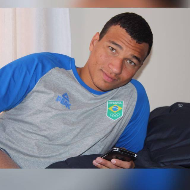 Marco Antônio Ferreira Júnior, o 'Marquinho', filho do comerciário 'Belina'. Fotos: Minas Tênis Clube