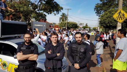 Policiais civis estiveram presentes em mais uma edição do 'Semeando Amor'. Fotos: Polícia Civil/Divulgação