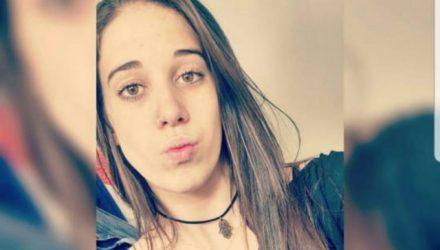 Karolina Martins Pandolfi, de 22 anos, morreu após bater em cavalo em Franca, SP (Foto: Reprodução/EPTV).
