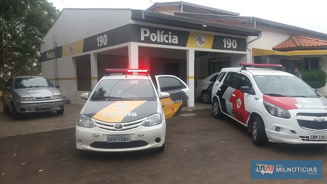 Prisão dos criminosos e apreensão da droga aconteceu em frente da base da Polícia Rodoviária de Andradina. Foto: MANOEL MESSIAS/Mil Noticias