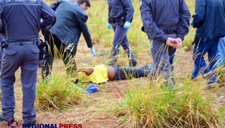 Jeferson de Oliveira Ferreira, de 40 anos, morador no bairro Beatriz, foi encontrado morto. Foto: Regional Press / Thiago Augusto