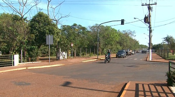 Cruzamento onde menina de 7 anos foi atropelada em Pitangueiras (Foto: Reprodução/EPTV).