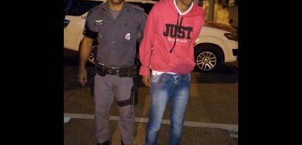 Desempregado foi encaminhado ao plantão policial, indiciado e recolhido à cadeia de Lavínia. Ele já possui passagem por tráfico. Foto: DIVULGAÇÃO