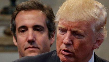 O então candidato a presidente dos EUA, Donald Trump, e seu advogado Michael Cohen, durante evento de campanha em Cleveland Heights, Ohio, no dia 21 de setembro de 2016 (Foto: Reuters/Jonathan Ernst)