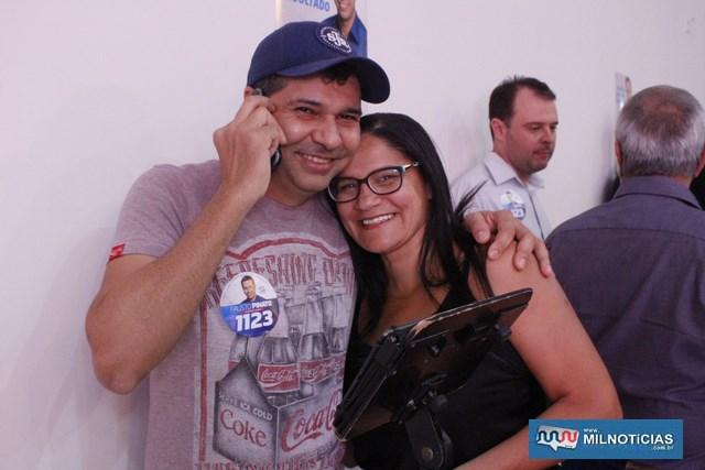 Cantor Luciano, da dupla com Marco Tulio, e a esposa Luzete. Foto: MANOEL MESSIAS/Mil Noticias