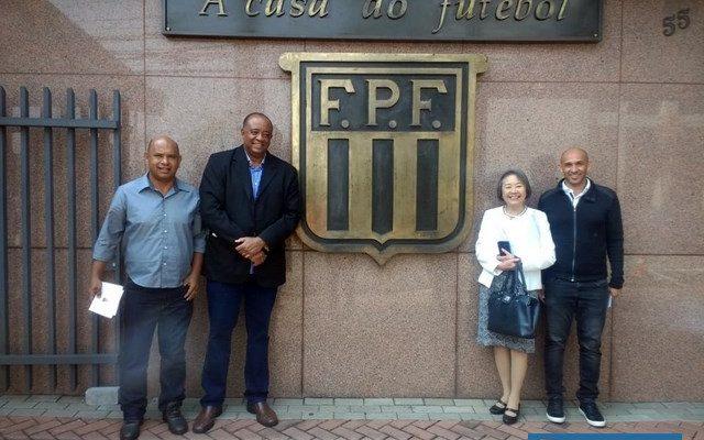 Tamiko envia documentação para a Federação Paulista de Futebol (FPF). Foto: Secom/Prefeitura