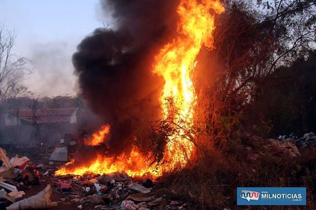 incendio_ferro_velho (4)