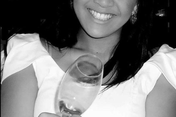 Jakielly Pontes da Silva foi encontrada morta em Jaciara — Foto: Facebook/Reprodução.