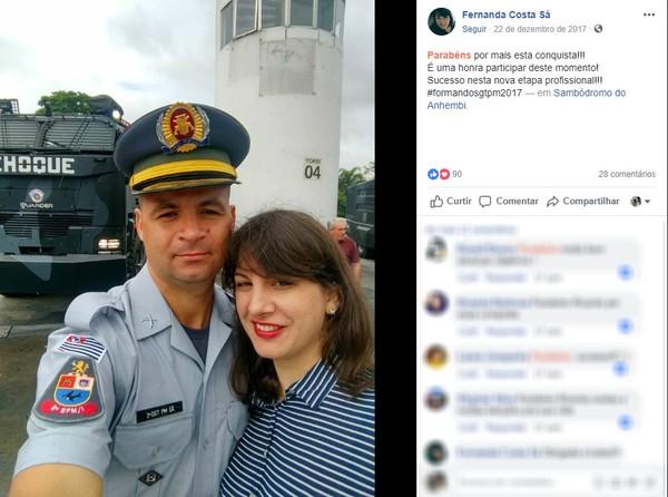 O sargento Ricardo e a esposa Fernanda Sá — Foto: Reprodução/Facebook.