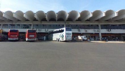 Homem foi preso por abusar de adolescente em banheiro da rodoviária de Araçatuba (SP) — Foto: Reprodução/Google Street View