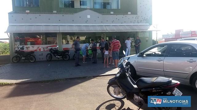 Motoneta Biz sofreu pequenas avarias e ficou guardada na calçada da clinica veterinária. Foto: MANOEL MESSIAS/Agência