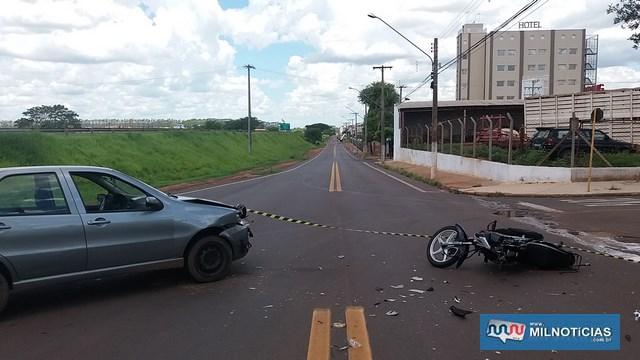 Acidente aconteceu quando motorista do Pálio saía da rodovia Marechal Rondon, pela saída de acesso à marginal e bateu de frente com a moto. Foto: MANOEL MESSIAS/Agência