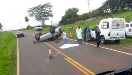 Motorista morreu quando carro capotou na rodovia que liga Elisiário a Urupês — Foto: Arquivo Pessoal