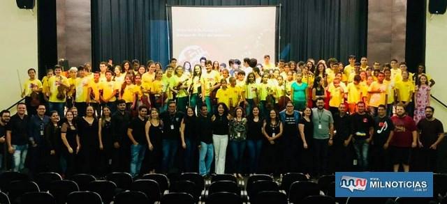 Apoio do Governo de Andradina para alunos de Violino, Viola Erudita, Violoncelo e Contrabaixo Acústico. Secom/Prefeitura