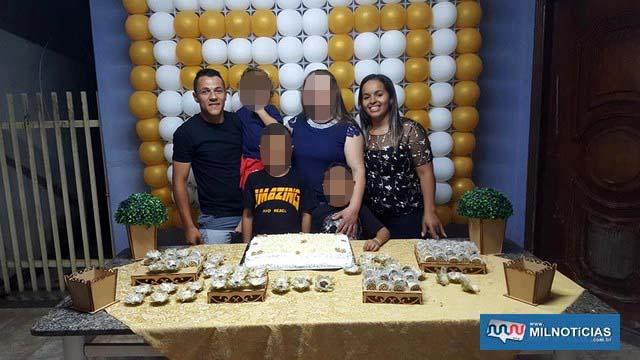 Max, a esposa Dani, a sogra e os três filhos do casal. Foto: Facebook