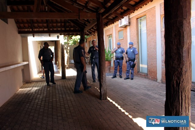 Roubo mobilizou grande numero de policiais. Foto: MANOEL MESSIAS/Agência