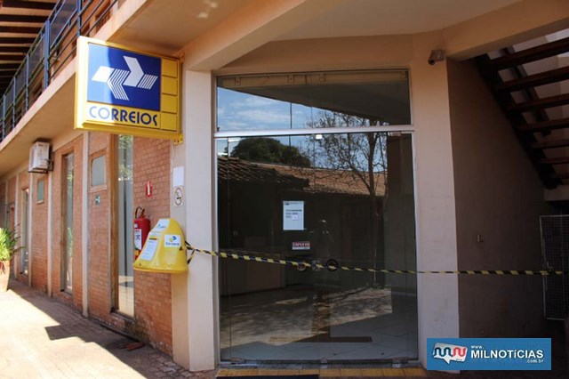 Agência roubada fica em um conjunto de lojas e próximo de uma agência bancária. Foto: MANOEL MESSIAS/Agência